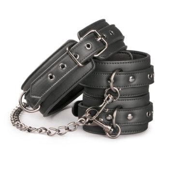 Lederhalsband mit Fußgelenkmanschetten